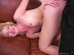 Free Porn Skinny Blonde Has  With Black Dude