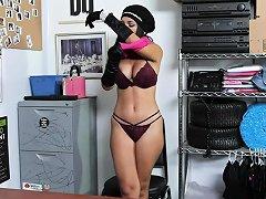 Free Porn Brunette Teen Alina Belle Blowjobs The Lp Officers Huge Porn Videos