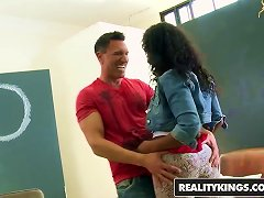 Free Porn Realitykings - Round And Brown - Marco Banderas Marri Coxz -