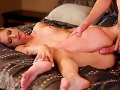 Free Porn Big Cock Turns On The Teenage Girl