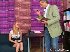 Free Porn Sexy Secretary Oksana Gets Banged By Her