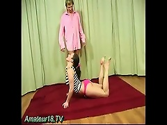 Free Porn Girl Doing Sexy Yoga