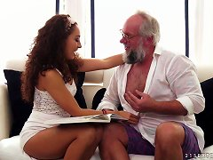 Free Porn Sexy Body And Curly Hair On The Hot Teen Fucking Grandpa