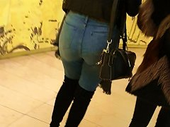Free Porn Tight Jeans Ass With High Boots