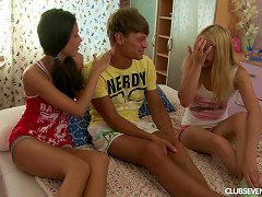 Free Porn Thick Dick Shared By A Couple Of Cute Teenage Girls