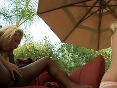 Free Porn Blonde Babe With Big Lips Enjoys Taking Bick Black Cock In Her Twat Outdoors