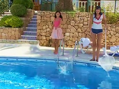 Free Porn Sweethearts Strip Nude By The Pool