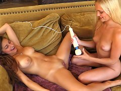 Free Porn Chicks Share A Vibrator To Make Each Other Cum