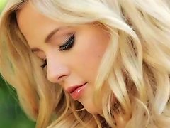 Free Porn Outdoor Sensations Along Blondie From Playboy