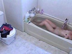Free Porn Hairy Teen Has A Wank At Bathtime