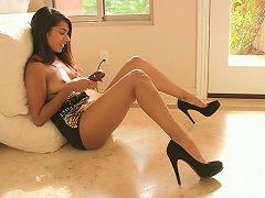 Free Porn Shazia Masturbates While Wearing Her High Heels
