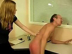 Free Porn Blonde  Gives Her  A Spanking