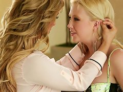 Free Porn Samantha Rone And Cherie Deville At Mommy's Girl