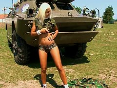 Free Porn Sweet Teen In Military Costume Is Posing On The Tank