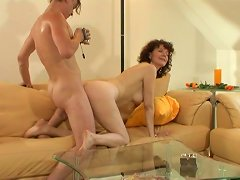 Free Porn Hairy Mature Provides Sliding Friction With Her Pole Hole