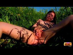 Free Porn Solo Outdoor Pussy Play With Teenage Girl