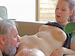 Free Porn Ilona Is Fucking With Senior In Front Her Cuckold
