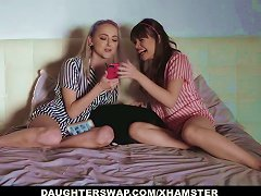Free Porn Daughterswap - Collection Of Hot Teens Fucking Horny Dads