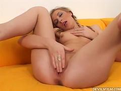 Free Porn Eight Teen  Swallowing Tryouts Blonde