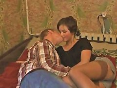 Free Porn Amateur Brunette Has A Fat Dick Stuck In Her Vagina
