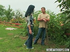 Free Porn Euro Mom Fucking Her Young Diligent Gardener