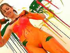 Free Porn Teen Paints Her Body All Kinds Of Colors