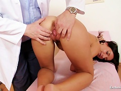 Free Porn Go Inside Young Pussy With