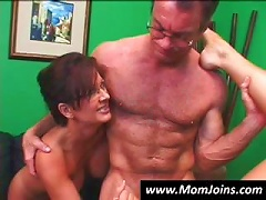 Free Porn Randy Spears Gets It On With A Mom With Glasses And Her Young Daughter