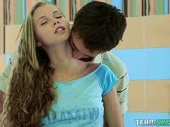 Free Porn Breathtakingly Sexy Body On A Teen Making Love To Her Man