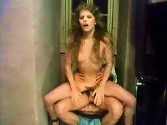 Free Porn Drei Luesterne Schwestern - 1979