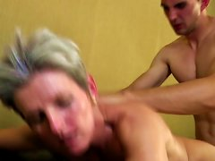 Free Porn Mature Moms Bang Young Not Their Sons