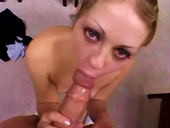 Free Porn Teen Sucking Dick Down On Her Knees