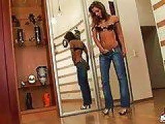Free Porn Watch Me Slowly Slip Off My Skinny Jeans
