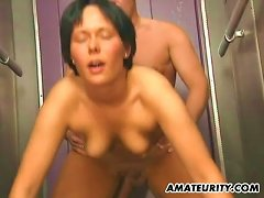Free Porn Amateur Couple Fucking In An Elevator