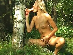 Free Porn Lonely Teen In The Forest Fucks Her Wet Pussy With A Toy