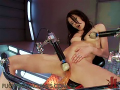 Free Porn Brunette Teen Sits On Machine & Creams Her Way To  Town