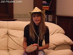 Free Porn Cowgirl Hat On A Busty Natural Babe Stripping And Spreading