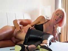 Free Porn Deutsche Leggings Tease