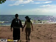 Free Porn Hot  At The Beach With A Teen