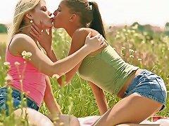 Free Porn Sensual Lesbian Girl Sweet Cat Fucks Her Sexy Gf In The Field