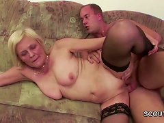Free Porn Young Boy Seduce Granny To Get His First Fuck