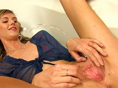 Free Porn Short-haired Chick Shows Her Nice