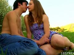Free Porn Great Outdoor Sex With The  Teen Klara