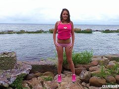 Free Porn Russian Sweetie And Her Wild Masturbation In The Cold Wind