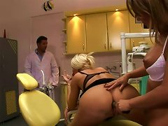 Free Porn Cheesecake Blond Milf Gets Lured By A Horny Dentist And His Sexy Assistant In Ffm