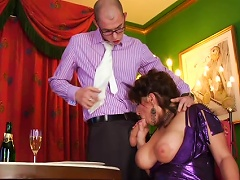 Free Porn Reiche Muttis - Reif Und Rattig! - Scene 5