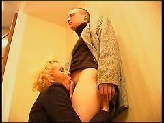 Free Porn Russian Mom Lets Young Man Have Her