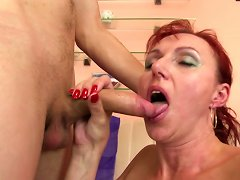 Free Porn Sexy Natural Mature Mom Suck And Fuck Young Boy